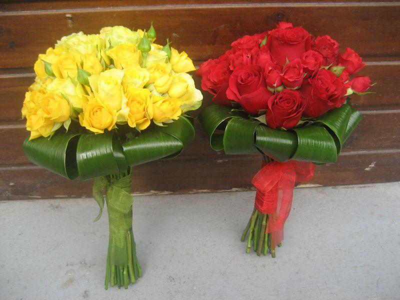 BN 13-170,00 RON-Buchet de nasa cu trandafiri si minirosa