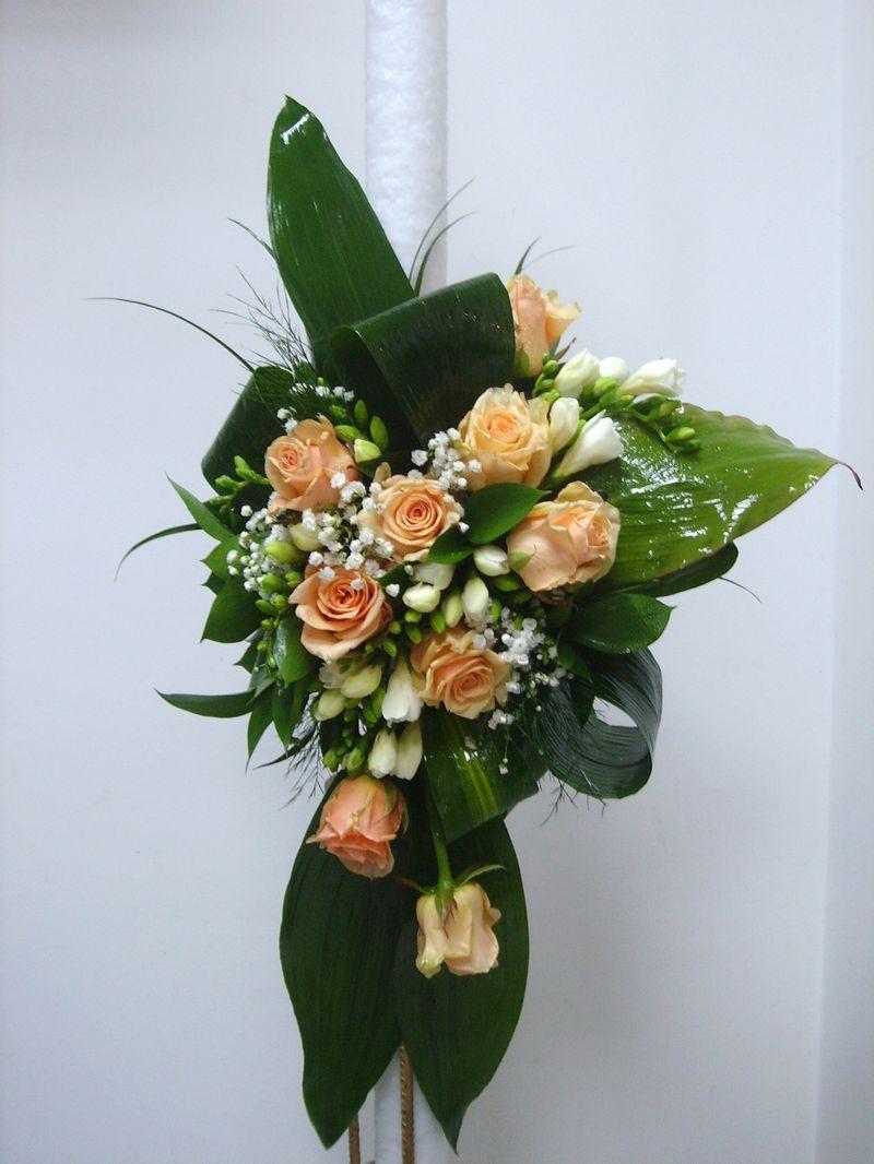 LN 01-250,00 RON-Lumanare nunta cu trandafiri si frezii