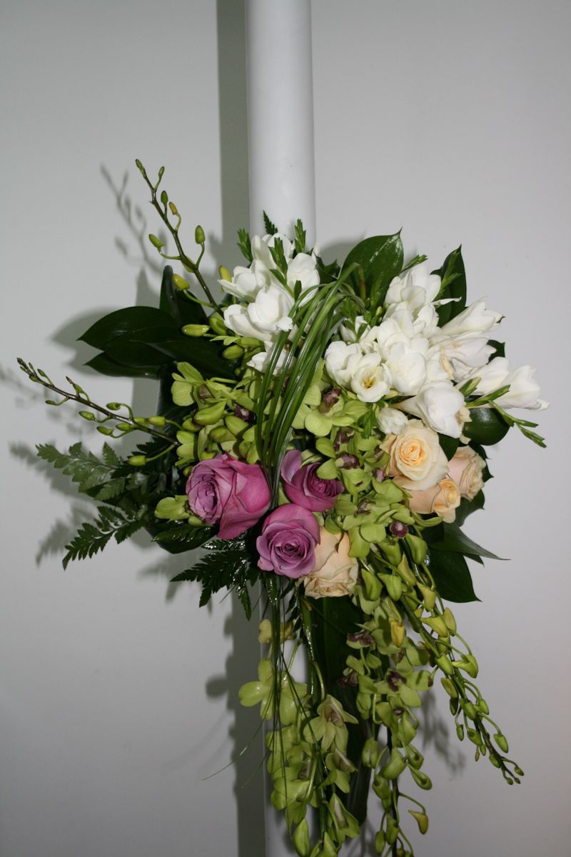 LN 07-260,00 RON-Lumanare cu trandafiri si orhidee
