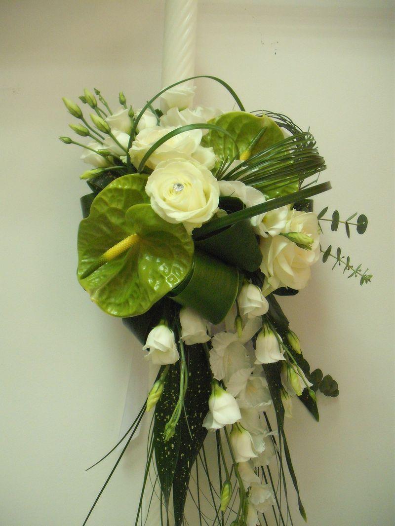 LB 02-180,00 RON-Lumanare botez cu anthurium lisianthus si gladiole
