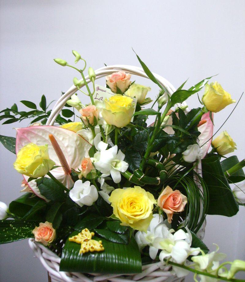 CF 02-190,00 Ron-Cos cu anthurium, trandafiri, orhidee si bambus