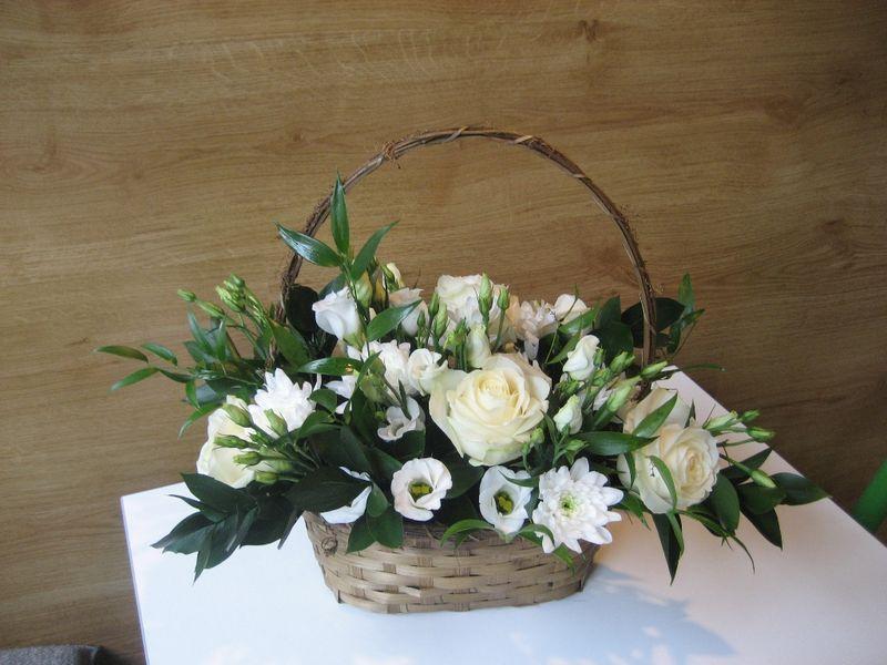 CF 13-100,00 Ron-Cos cu trandafiri, lisianthus si eurocrizanteme