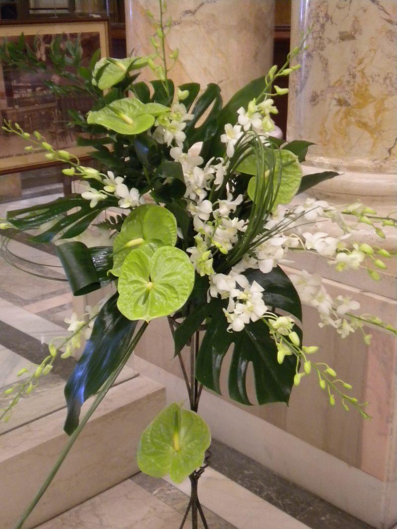 FB 03-210,00 Ron-Aranajment floral cu anthurium dendrobium