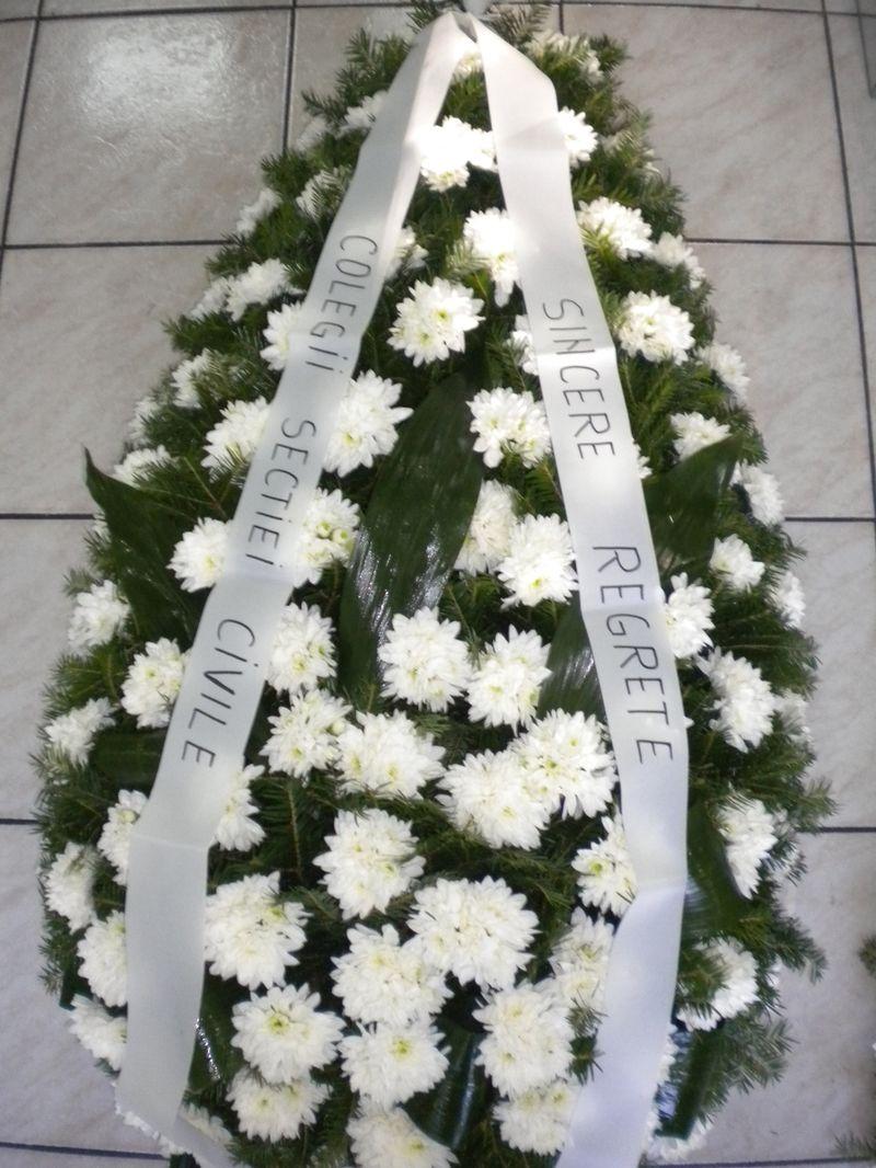 FC13-300,00 Ron-Coroana funerara cu euro crizanteme
