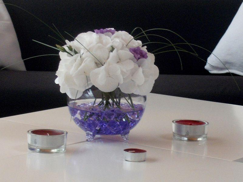 AB 06-70,00 Ron-Aranjament cu hortensie si lisianthus