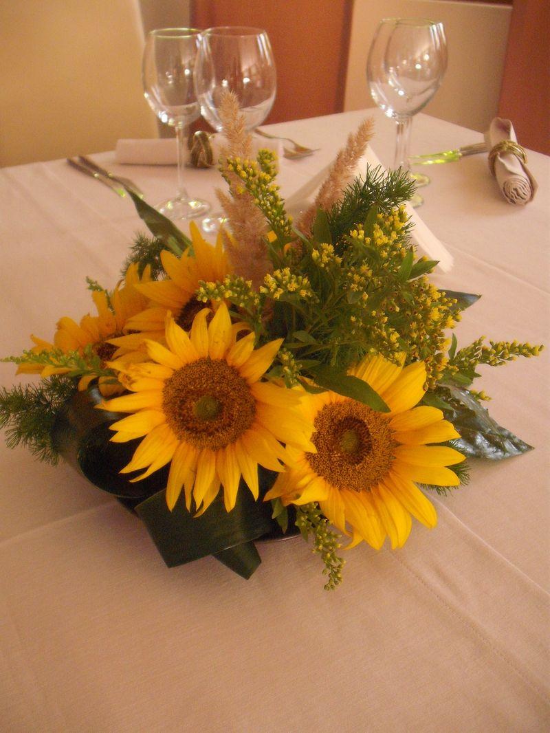 AB 08-50,00 Ron-Aranjament cu floarea soarelui si solidago