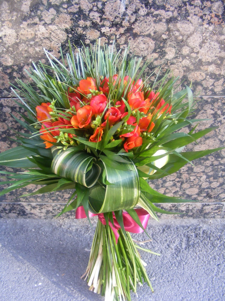 BF 27-150,00 Ron-Buchet de flori cu 33 de frezii