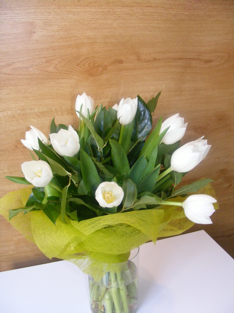 BF 28-70,00 Ron-Buchet de flori cu lalele albe